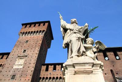Milan Italy Attractions: Castello Sforzesco by Auto Europe