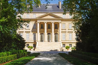 Things to Do in Bordeaux: Chateaux Margaux by Auto Europe