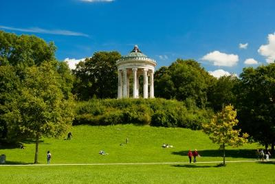 Things to Do in Munich: Englischer Garten
